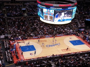 A sold-out Staples Center crowd of 19,208 saw the Clippers come from 17 points down in the 4th to beat Dallas, 129-127.